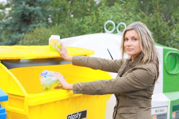 Třídíme-li odpad, tak pokud možno všechen