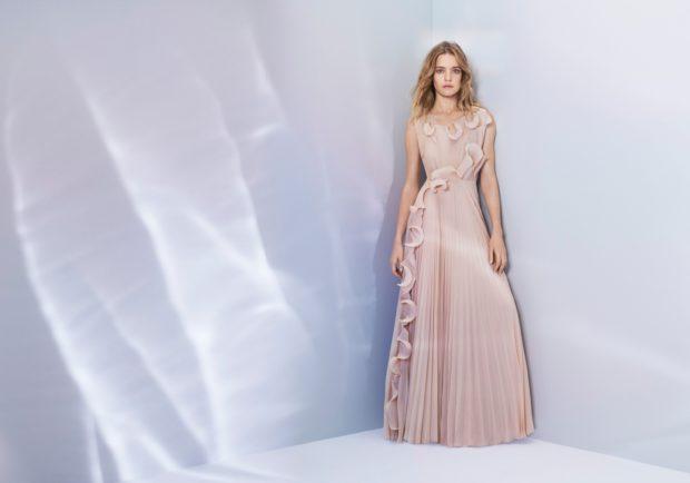 Centrum Černý Most představí šaty z vyplavených plastů