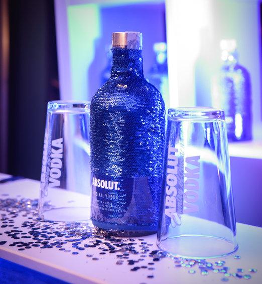 Nová lahev Absolut Uncover královnou večírků
