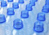 Záloha na PET lahve by k jejich vracení motivovala 9 z 10 Čechů