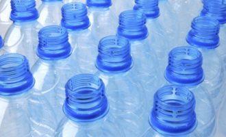 Současný systém sběru plastů nepotřebuje změny, uvádí Spotřebitelské fórum
