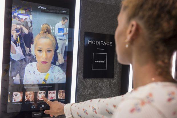 L'Oreál představil futuristické digitální technologie