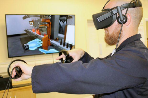 Virtuální realita jako účinný školicí nástroj sklářů