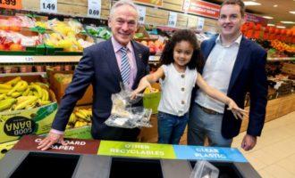 Diskontní řetězce v Británii a Irsku sázejí na samoobslužné pokladny a recyklaci