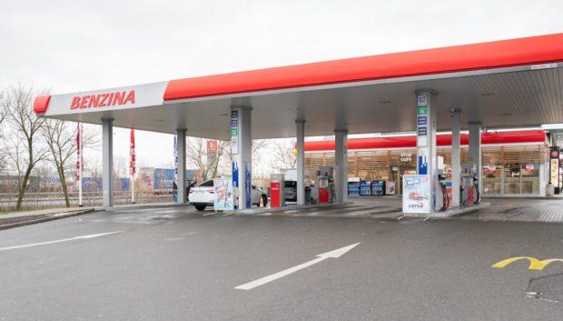 Benzina plánuje letos úsporu více než čtyř tun plastových obalů