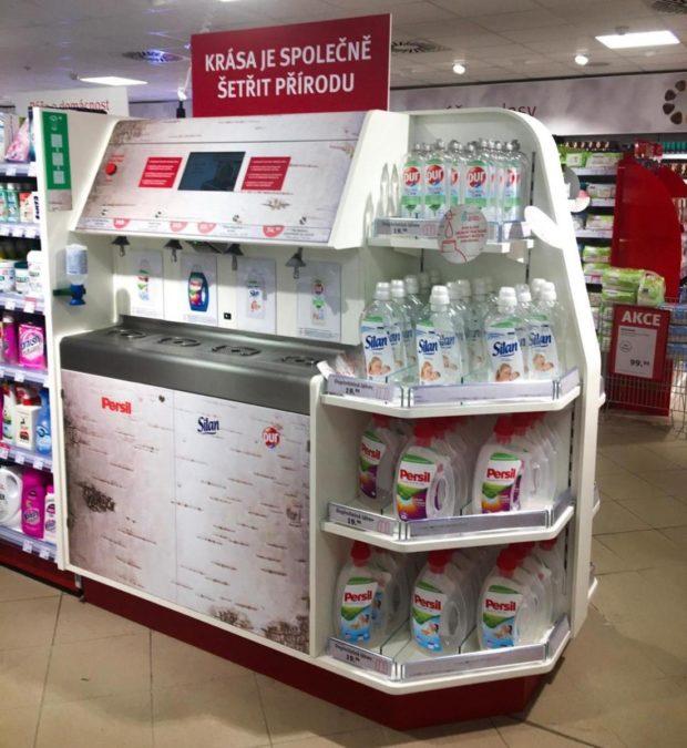 Henkel a Rossmann nově nabízejí značkovou drogerii bez obalu