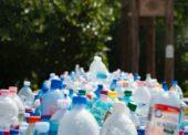 Zálohovanie PET fliaš na Slovensku sa odkladá na rok 2023
