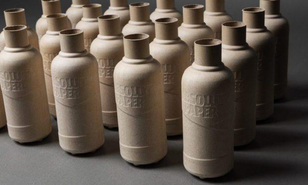 Absolut uvede na trh 2000 prototypů papírových lahví