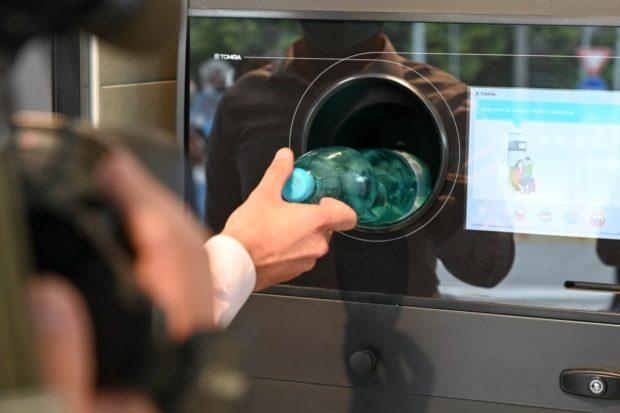 O krok bližšie k zálohovaniu PET fliaš, poznáme správcu zálohovania