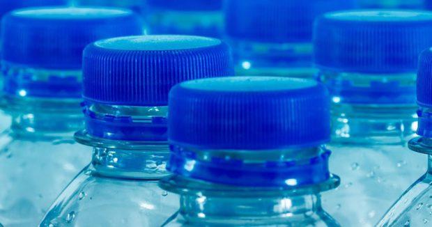Díky další redukci hmotnosti PET lahví ušetří společnost Lidl přes 500 tun plastu ročně
