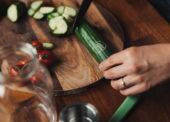 Salátové Hugo okurky z Čerstvě utrženo mají nově laserové označení
